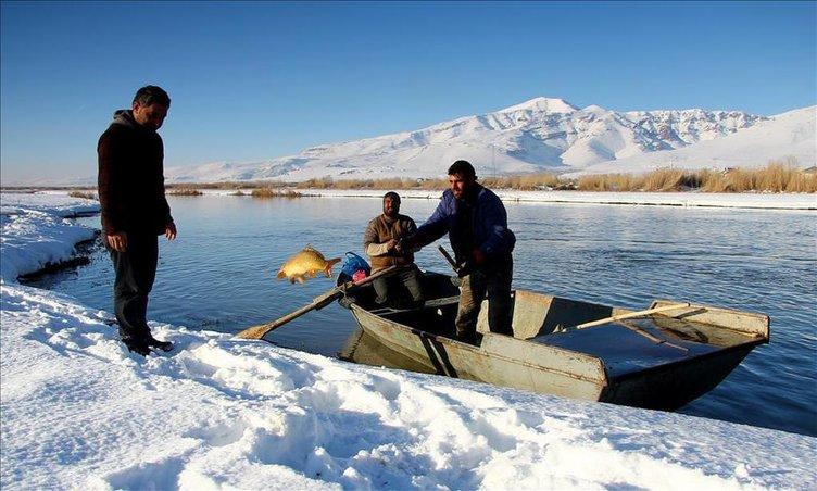 Zorlu şartlarda balık avlama teknikleri!
