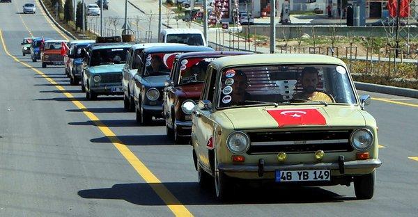 Hacı Murat araçlarla Mehmetçik'e destek konvoyu