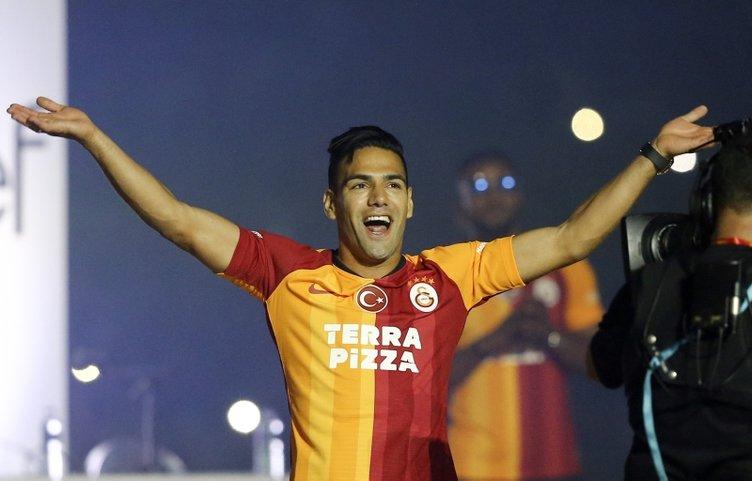 Flaş iddia: Galatasaray, Radamel Falcao transferi için el altından para mı ödedi?