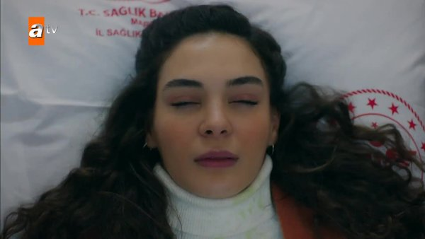 Reyyan hastanede! Hercai son bölüm izle | Video