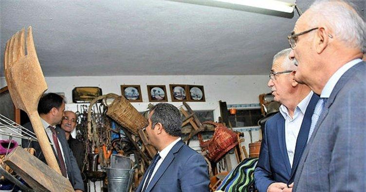 Başkan Yılmaz'ı şaşırtan antikacı