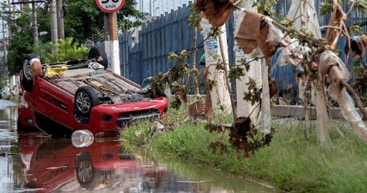 Brezilya yağmura teslim: 11 ölü