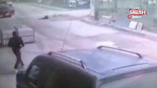 Motosikletle bisiklet çarpıştı. O anlar kamerada   Video