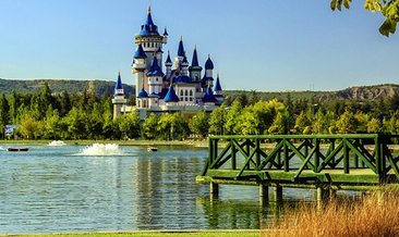 Disneyland'ı andıran Masal Şatosu