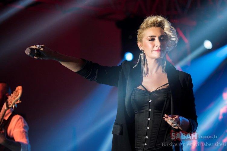 Şahan Gökbakar şarkıcı Sıla'yı fena tiye aldı! İşte Şahan Göbakar'dan canlı yayını kapatmayı unutan  Sıla taklidi!