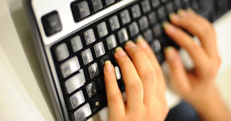 Bu klavye su geçirmez olacak!