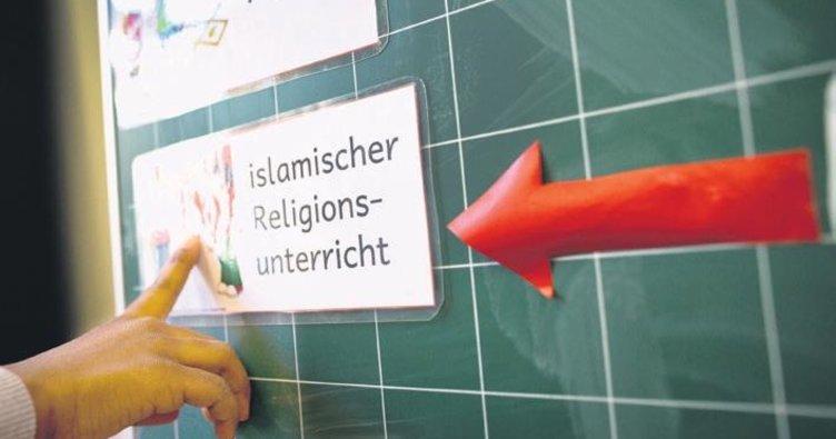 İslam din dersi müfredata girdi