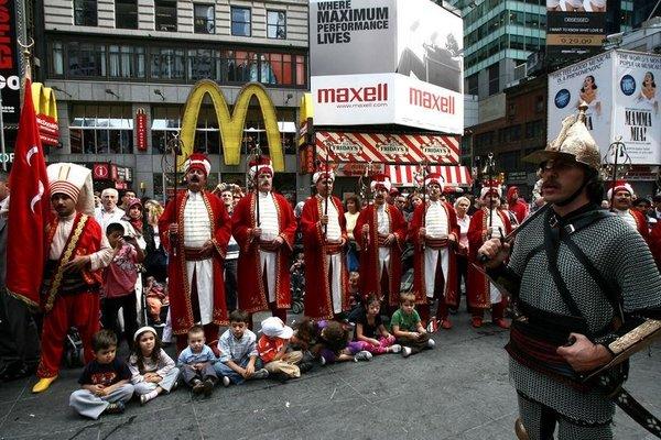 New York'ta mehter gösterisi