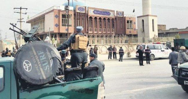 Afganistan'da intihar saldırısı: 30 ölü