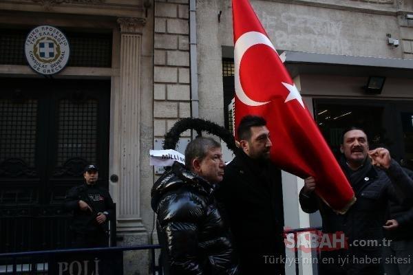 Rezil Yunan vekile karşı tüm Türkiye bayrak açtı! Ünlü isimler sosyal medyayı ay yıldızlı bayrağımızla donattı...