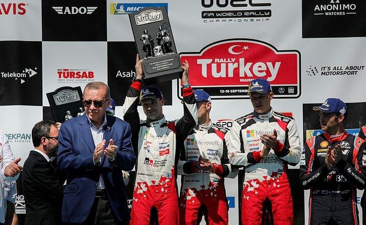 Dünya Ralli Şampiyonası'nda ödüller verildi