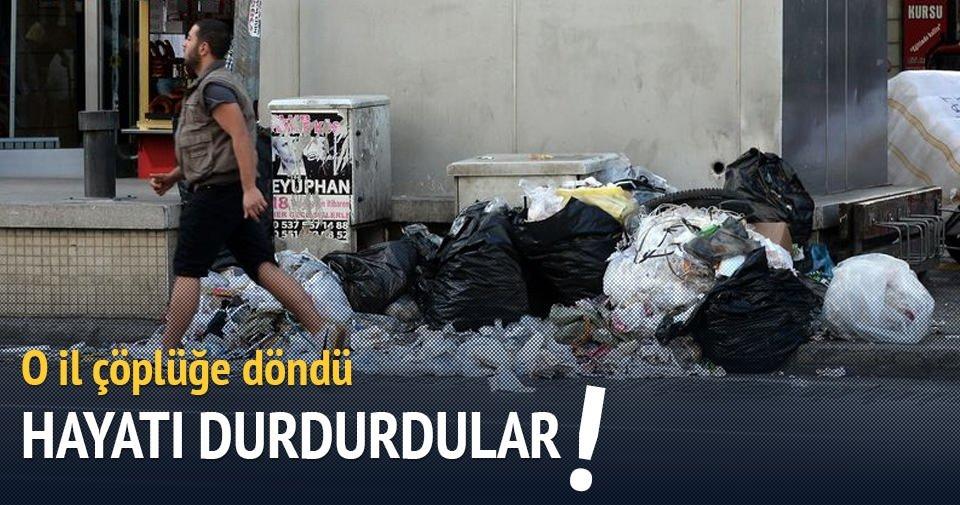 İzmir sokakları çöplüğe döndü