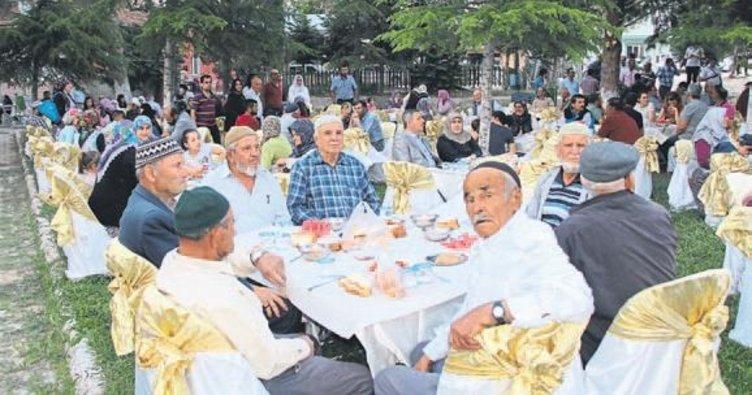 Köyde dostluk geleneği