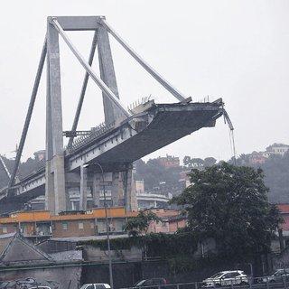 İtalya'da korkunç felaket: Otoyol köprüsü çöktü: 35 ölü