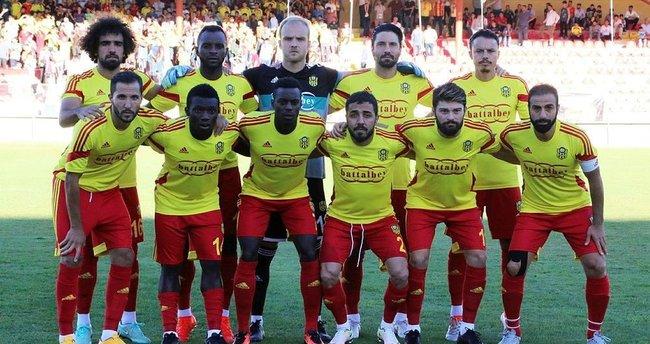 Yeni Malatyaspor liderliği bırakmadı