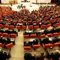AK Parti ve MHP'nin seçim önergesi TBMM Başkanlığına sunuldu