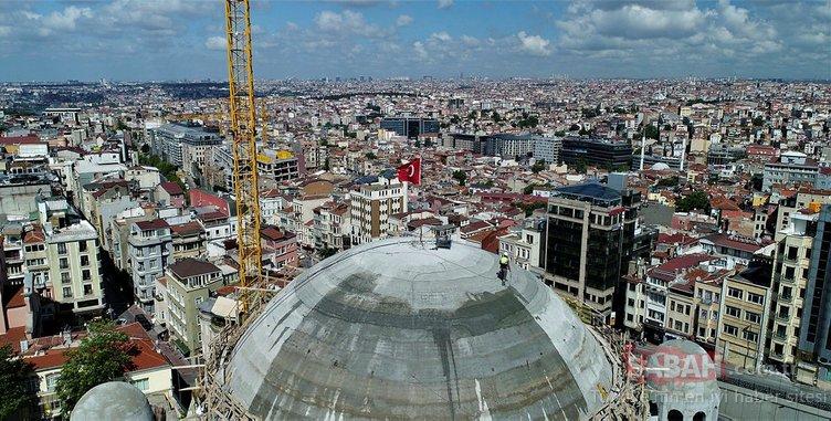 Taksim Camii'nde dikkat çeken detay! Havadan böyle görüntülendi