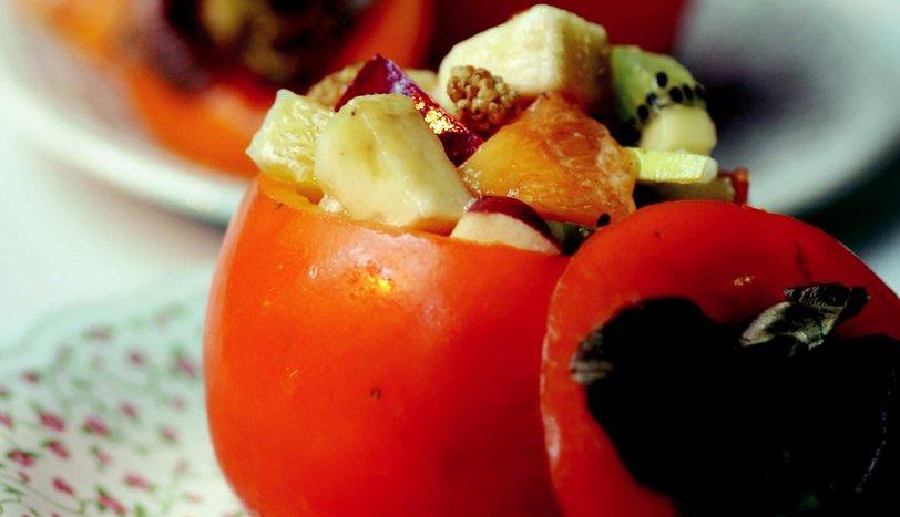 Hurmalı Meyve Salatası