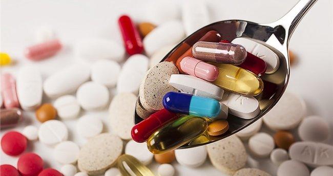 Her 100 reçeteden 30'unda antibiyotik var