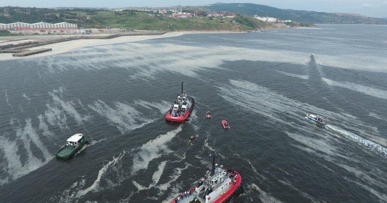 """Balıkçılardan ilginç müsilaj iddiası! """"Deniz anaları eriyor bu tabaka oluşuyor"""""""