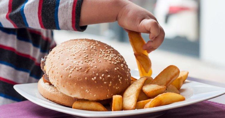 Çocuğunuza obeziteyi miras bırakmayın!
