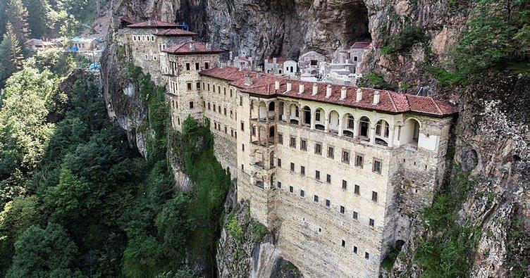 sümela manastırı ile ilgili görsel sonucu