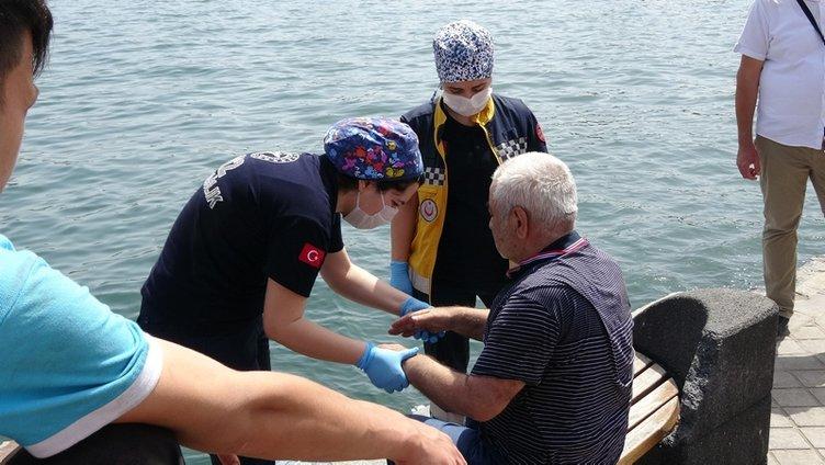 Sahilde yürüyen yaşlı adam denize düştü!