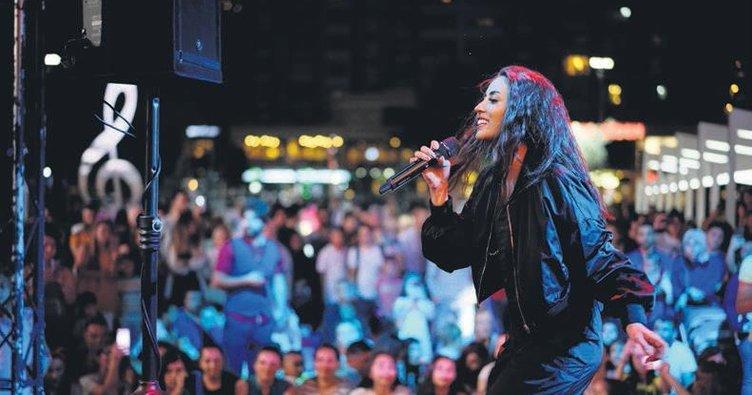 Ünsal'dan açılış konseri
