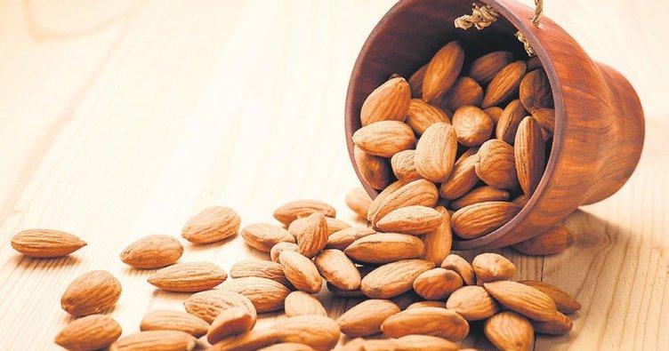 Her gün 20 adet badem kötü kolesterolü düşürüyor