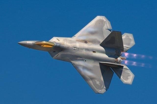 Uçan savaş makineleri
