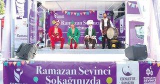 İstanbul sokaklarında Ramazan coşkusu