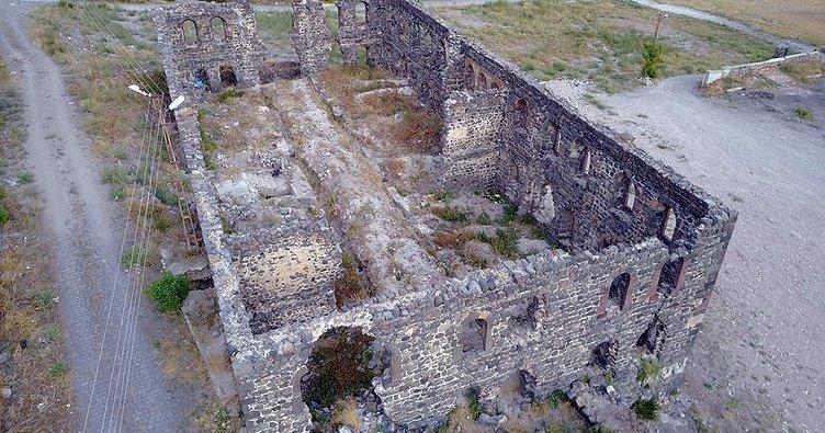 Kars'ın 'Beylerbeyi Sarayı' turizme hizmet verecek