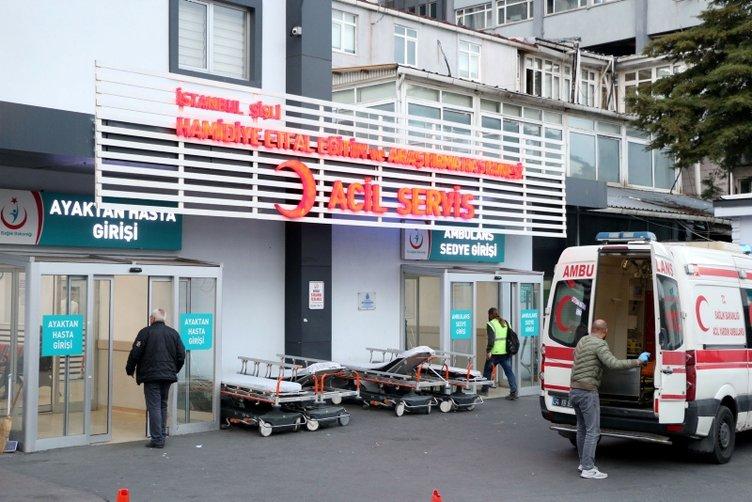 Ambulans yerine park eden kişiyi uyaran ambulans şoförü bıçaklandı