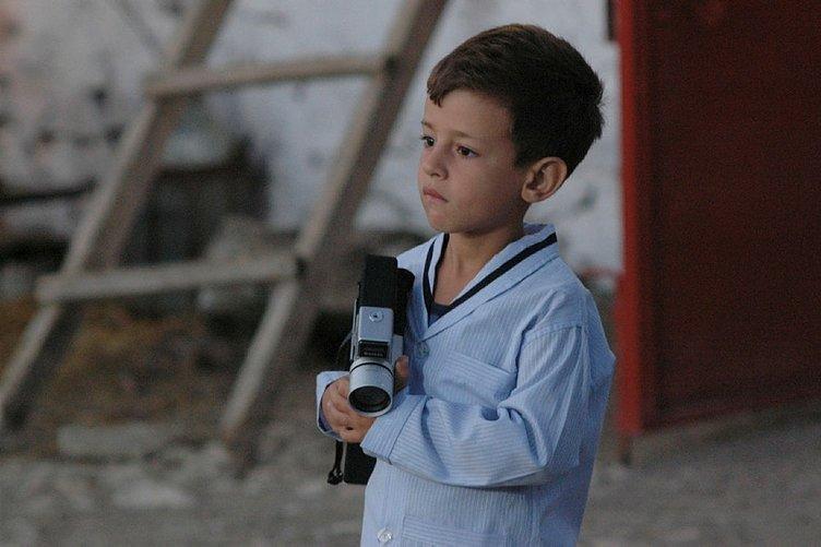 Babam ve Oğlum filminin küçük oyuncusu Ege Tanman'ın son hali görenleri şaşırtıyor!