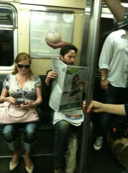 Ünlüler de metroyu kullanıyor
