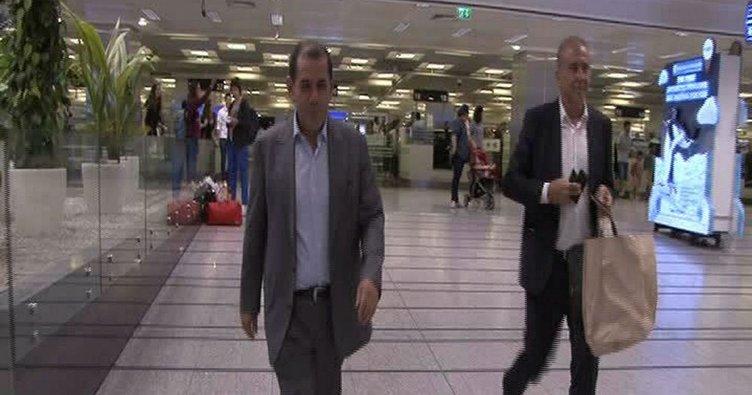 Dursun Özbek, Lucescu seferinden döndü