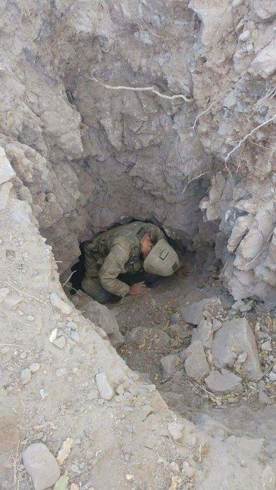 Asker o hainlerin inlerine girdi