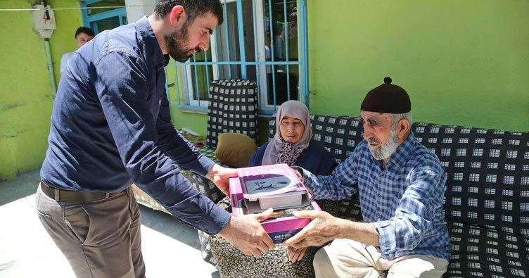 Başakşehir Belediyesi'nden ihtiyaç sahiplerine iftar ve sahur yemeği
