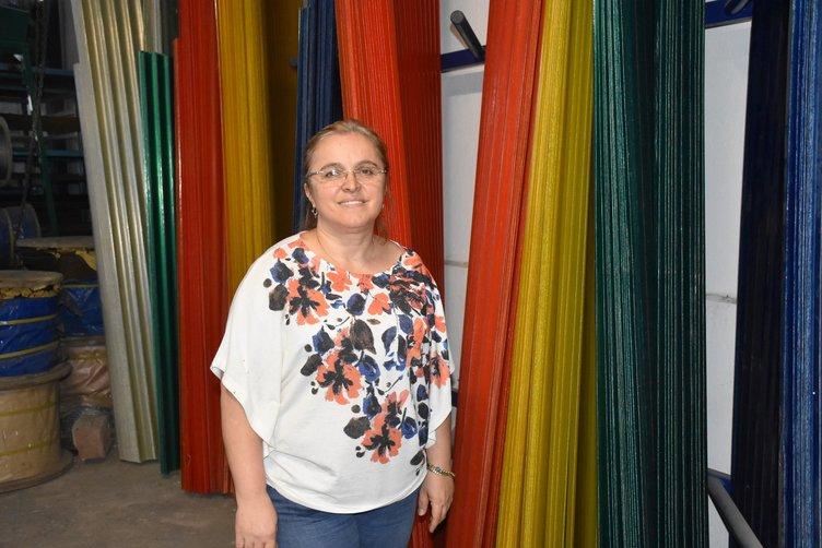Sanayi sitesinin kadın hırdavatçısı