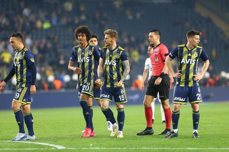 Fenerbahçe'de yeni sezon öncesi kriz!