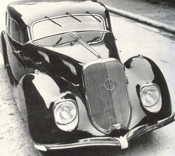 Tarihe karışan otomobiller
