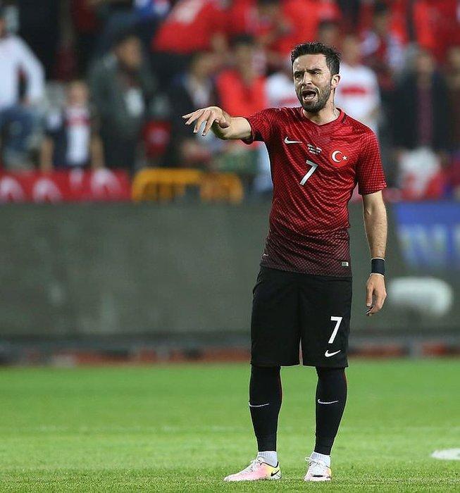 Gökhan'ın gönlü Beşiktaş'ta mı?