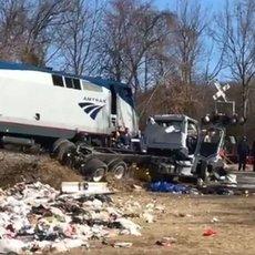 ABDde Cumhuriyetçi vekilleri taşıyan tren kaza yaptı 13