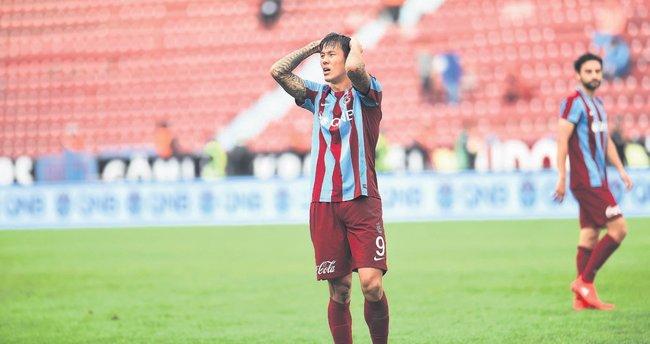 12 maça çıktı 1 gol atabildi