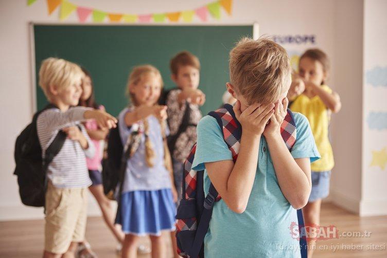 Çocuklar kekemeliğin başladığının 10 belirtisi