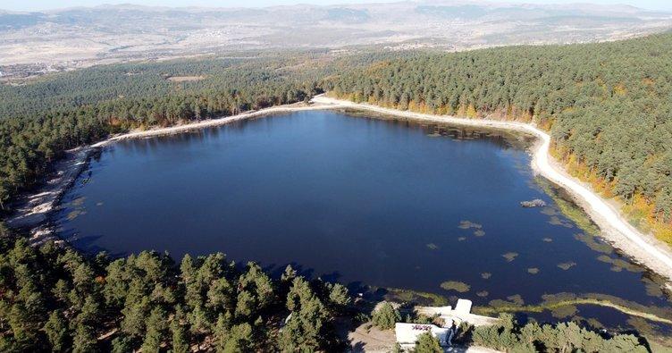 Kurt Gölü eşsiz doğasıyla hayran bırakıyor