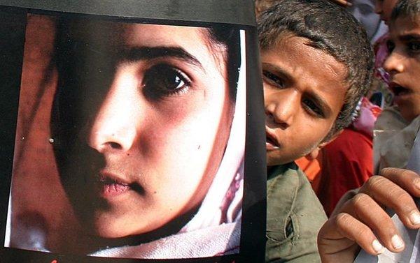 Malala Günü'nde binler toplandı