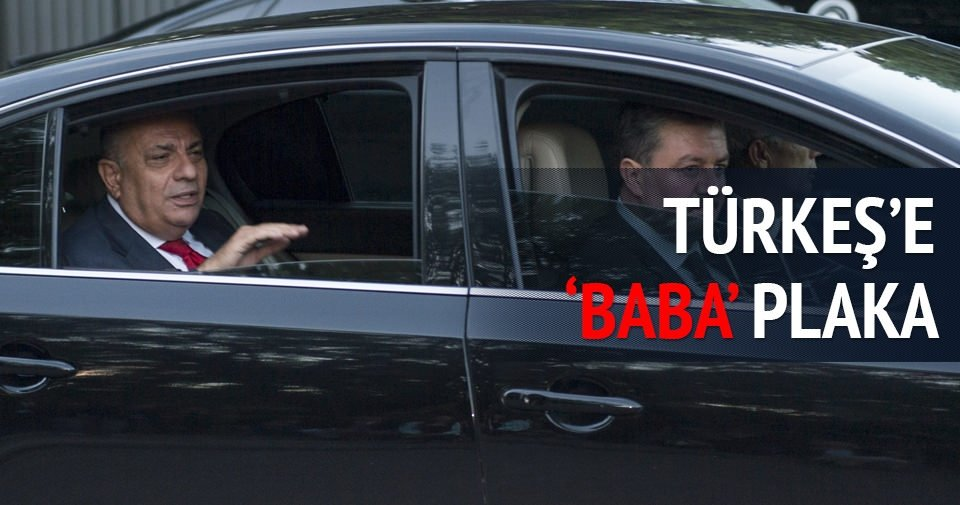 Türkeş'e 'baba' plaka