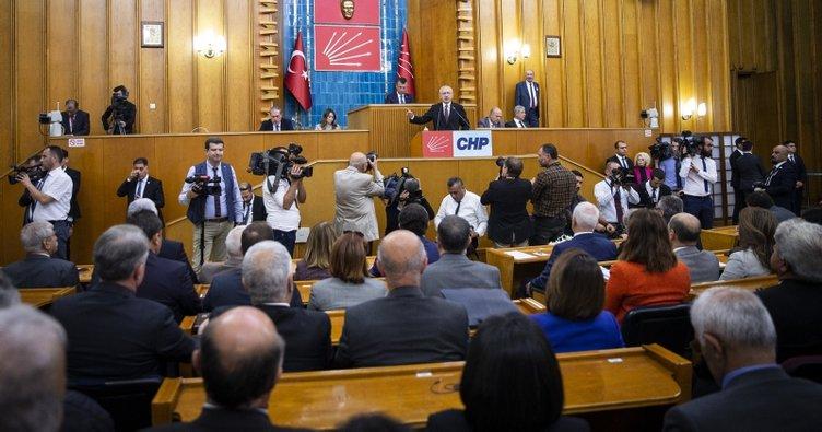 Kılıçdaroğlu, Trump'ın Erdoğan'a gönderdiği küstah mektubu okuduCHP'liler alkışladı