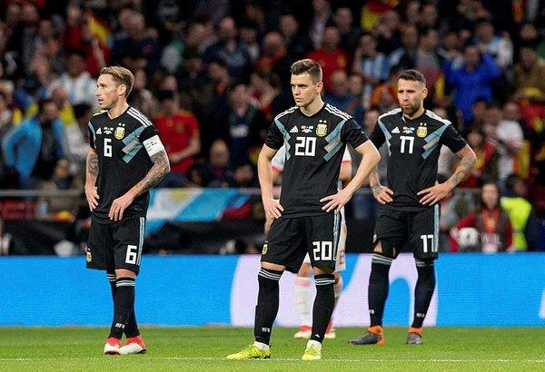 Messi, 6-1'lik hezimete dayanamadı, tribünü terk etti!